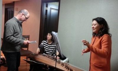 Rehearsing with gayageum player Yun-Suk Eom and soprano Won-Yun Yang